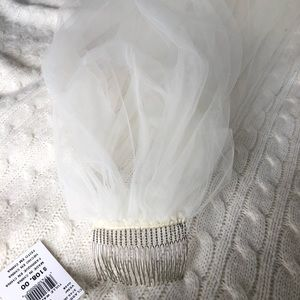 Ivory Tulle Walking Veil, NWT